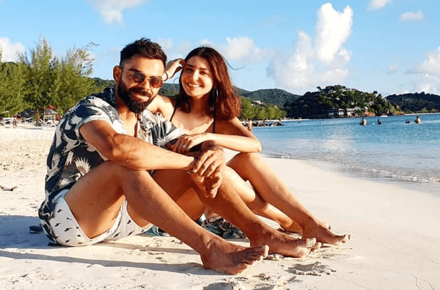 Virat-Kohli-Shares-Beach-Selfie-with-Anushka-Sharma